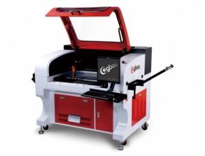 Máquina de Corte a Laser Para Etiquetas Com Reconhecimento de Câmera 750x580mm