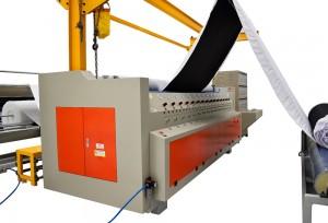 Máquina de Matelassê Ultrassônico com Painel Automático e Sistema Pneumático de Acionamento do Ultrassom DMP-3000
